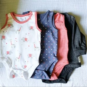 Baby Gap 0-3 Months Sleeveless 3  bodysuits